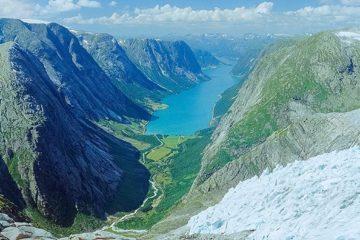 Lundebreen, Sunnfjord.