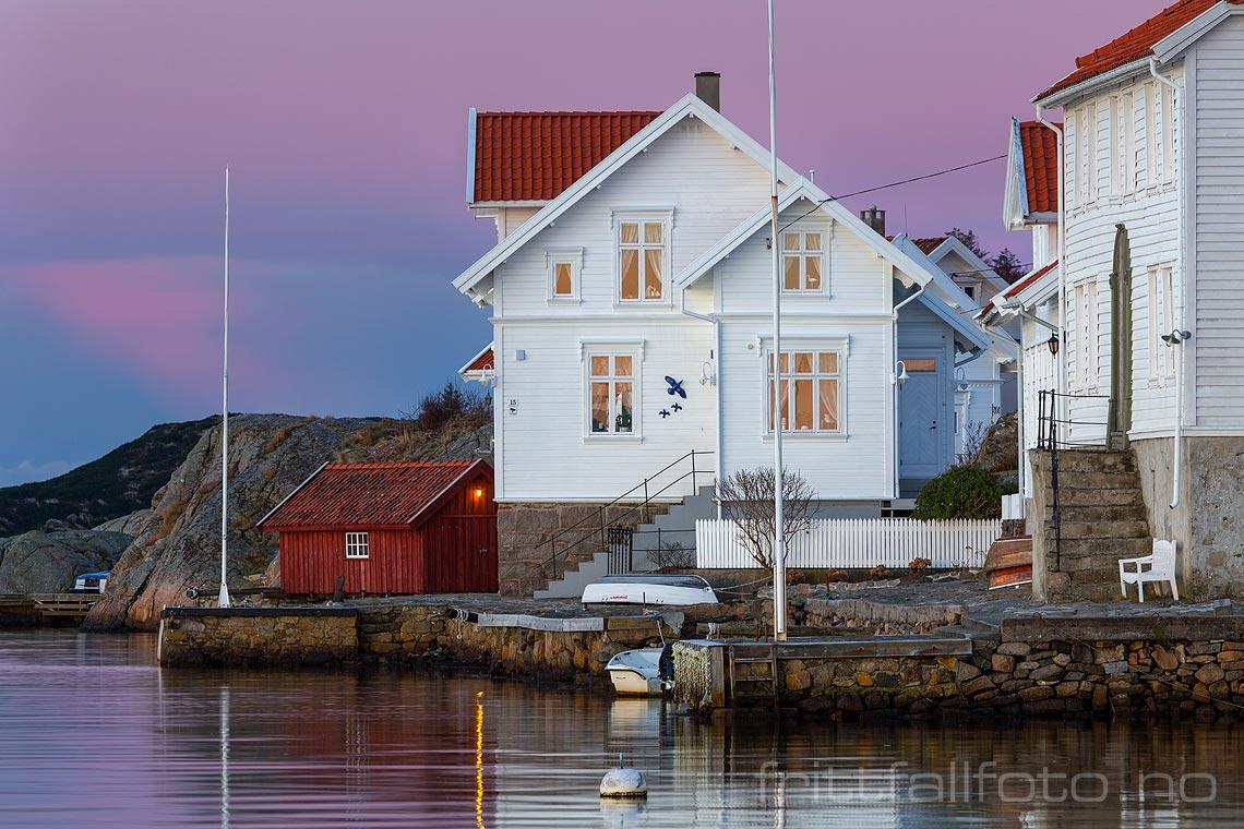 En blankstille desembermorgen i Loshavn på Lista, Farsund, Agder.<br>Bildenr 20171216-082.
