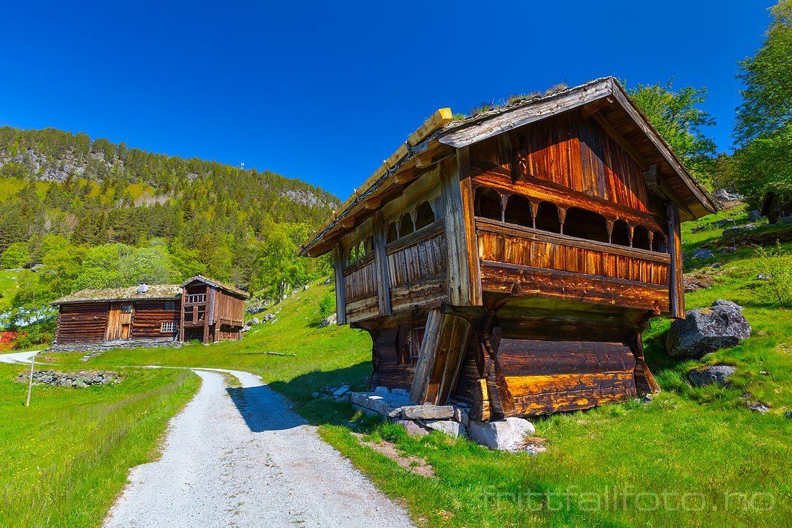 Ved Rygnestadtunet i Setesdalen, Valle kommune, Aust-Agder.