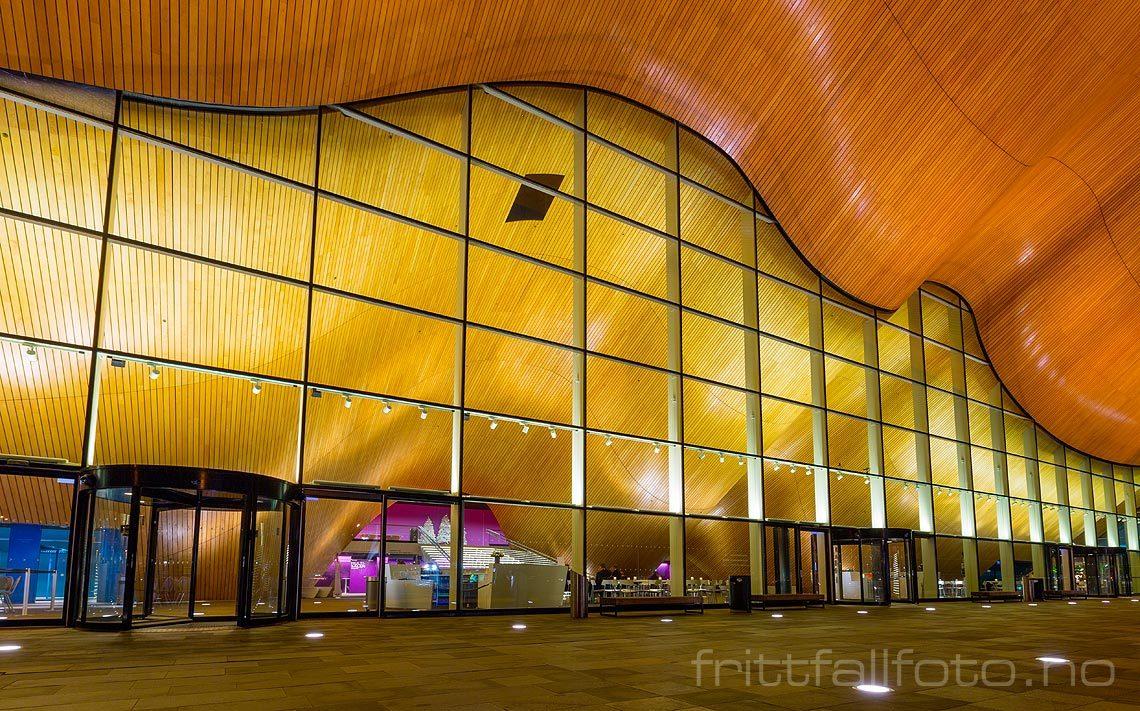 Kveld ved Kilden Teater- og Konserthus i Kristiansand, Kristiansand kommune, Vest-Agder.