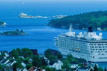 Cruiseskip, Lillesand.