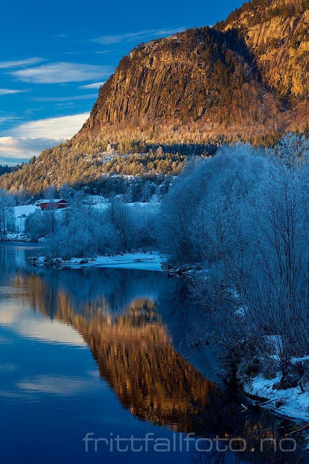 Januarkveld ved Bøelva, Bø, Vestfold og Telemark.<br>Bildenr 20190113-156.