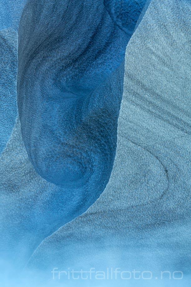 Naturens kunstverk er tydelige i Maromslottet ved Glomåga, Rana, Nordland.<br>Bildenr 20190927-530.