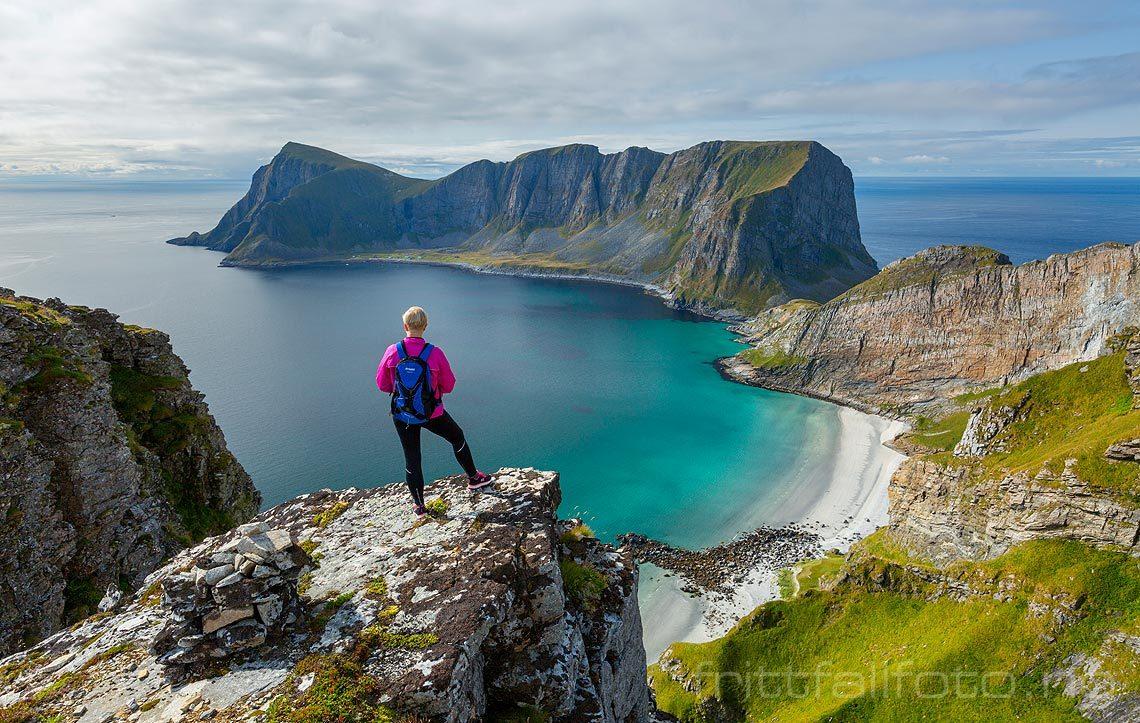 Ved Kamheia på Værøya, Værøy, Nordland.<br>Bildenr 20170827-352.