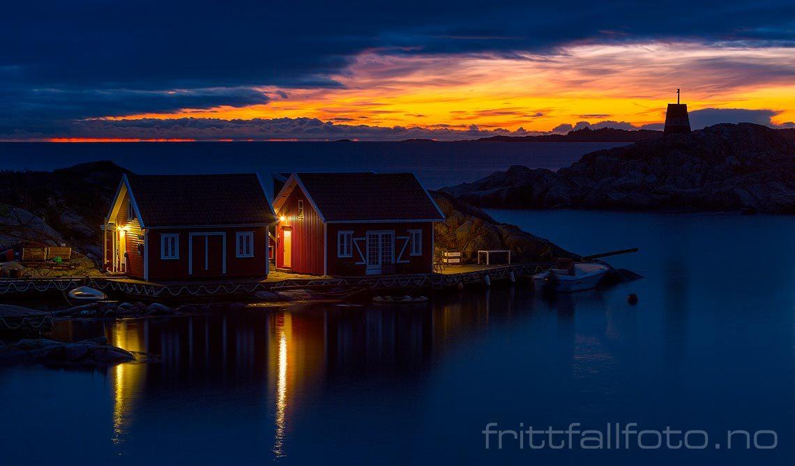 Kveld ved Ulvøysund, Lillesand, Agder.<br>Bildenr 20171215-030.