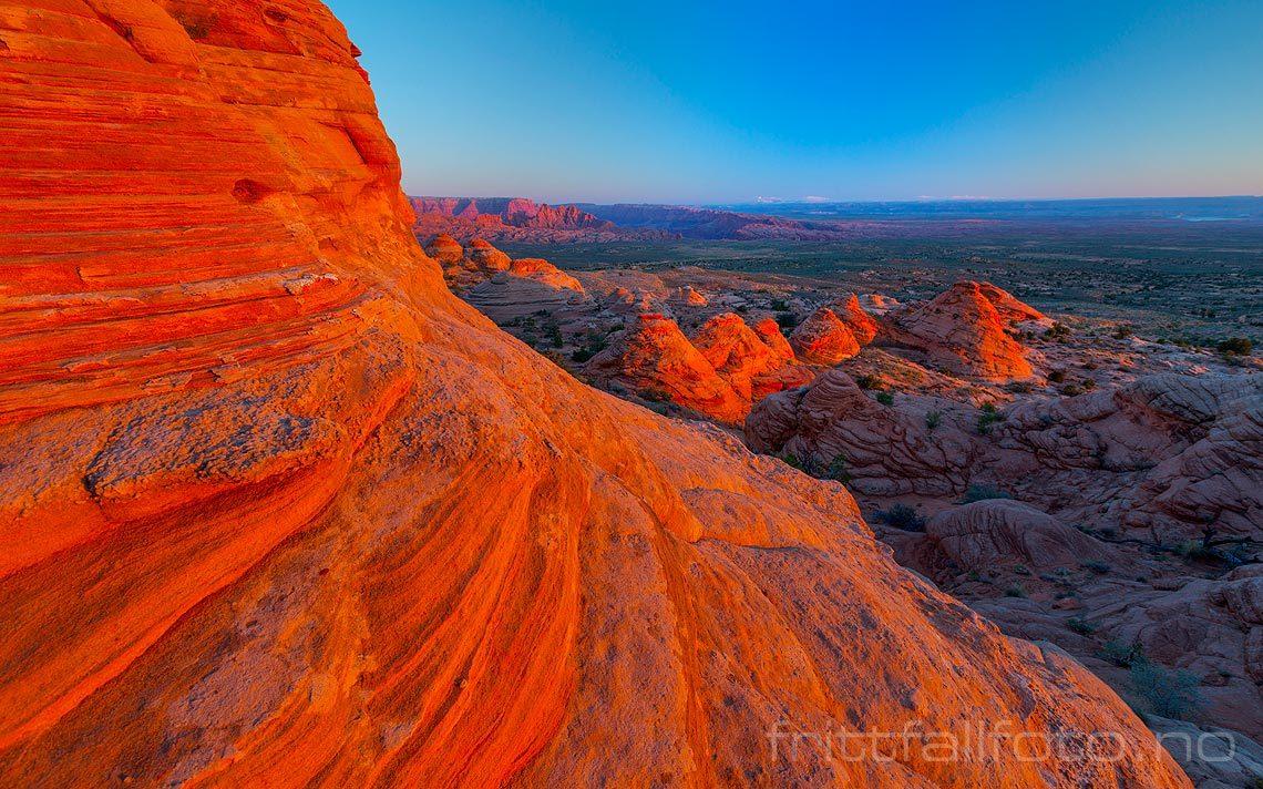 Fjellformasjoner ved Cave Canyon nær Page, Coconino County, Arizona, USA.<br>Bildenr 20170404-041.
