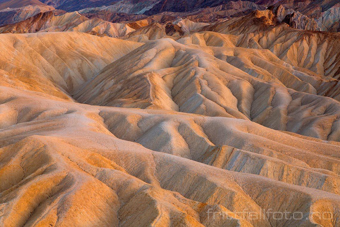 Kveld ved Zabriskie Point i Death Valley National Park, Inyo County, California, USA.<br>Bildenr 20170412-329.