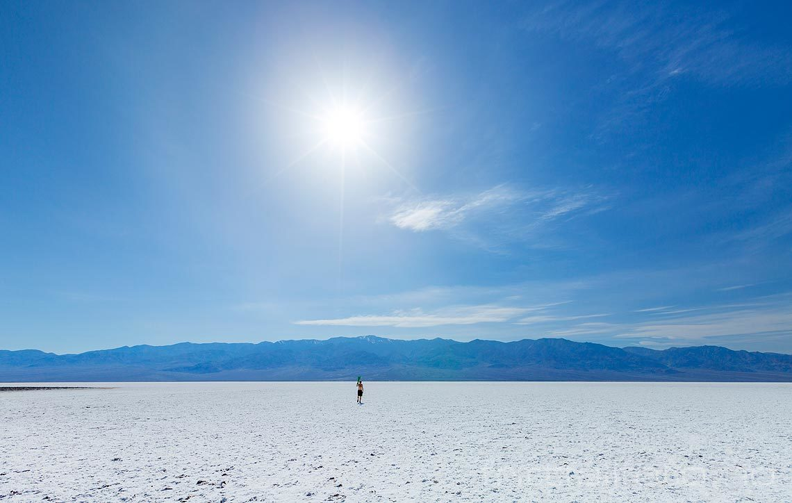 Ved Badwater Basin i Death Valley National Park, Inyo County, California, USA.<br>Bildenr 20170415-188.